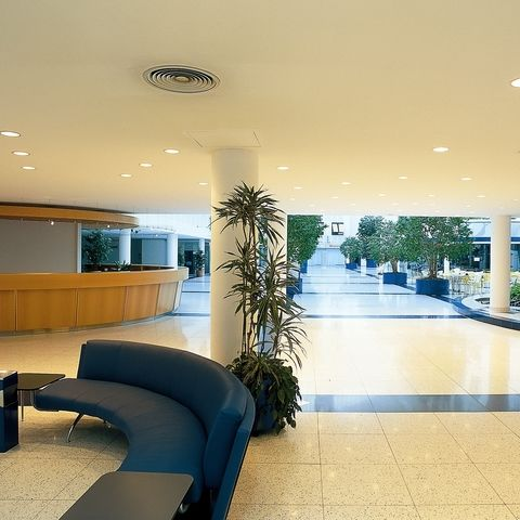 Handelskai-388-Donau-Business-Center-Eingangshalle-4_818.jpg